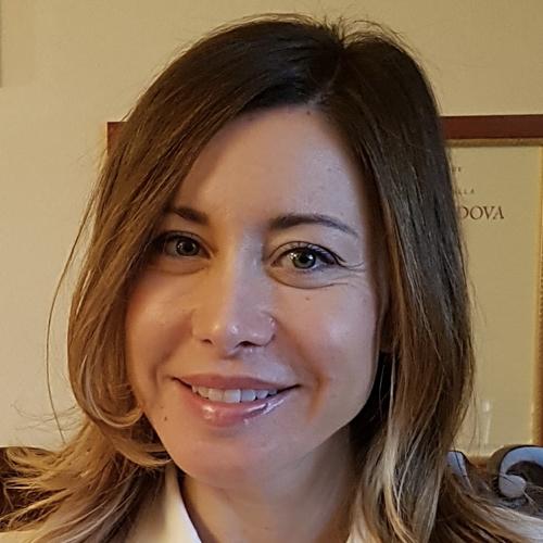 Dr.  Bezze Ilaria