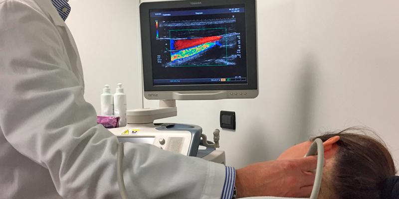 Dr. Ezio Caratozzolo: l'Eco-Color-Doppler dei tronchi sovra-aortici